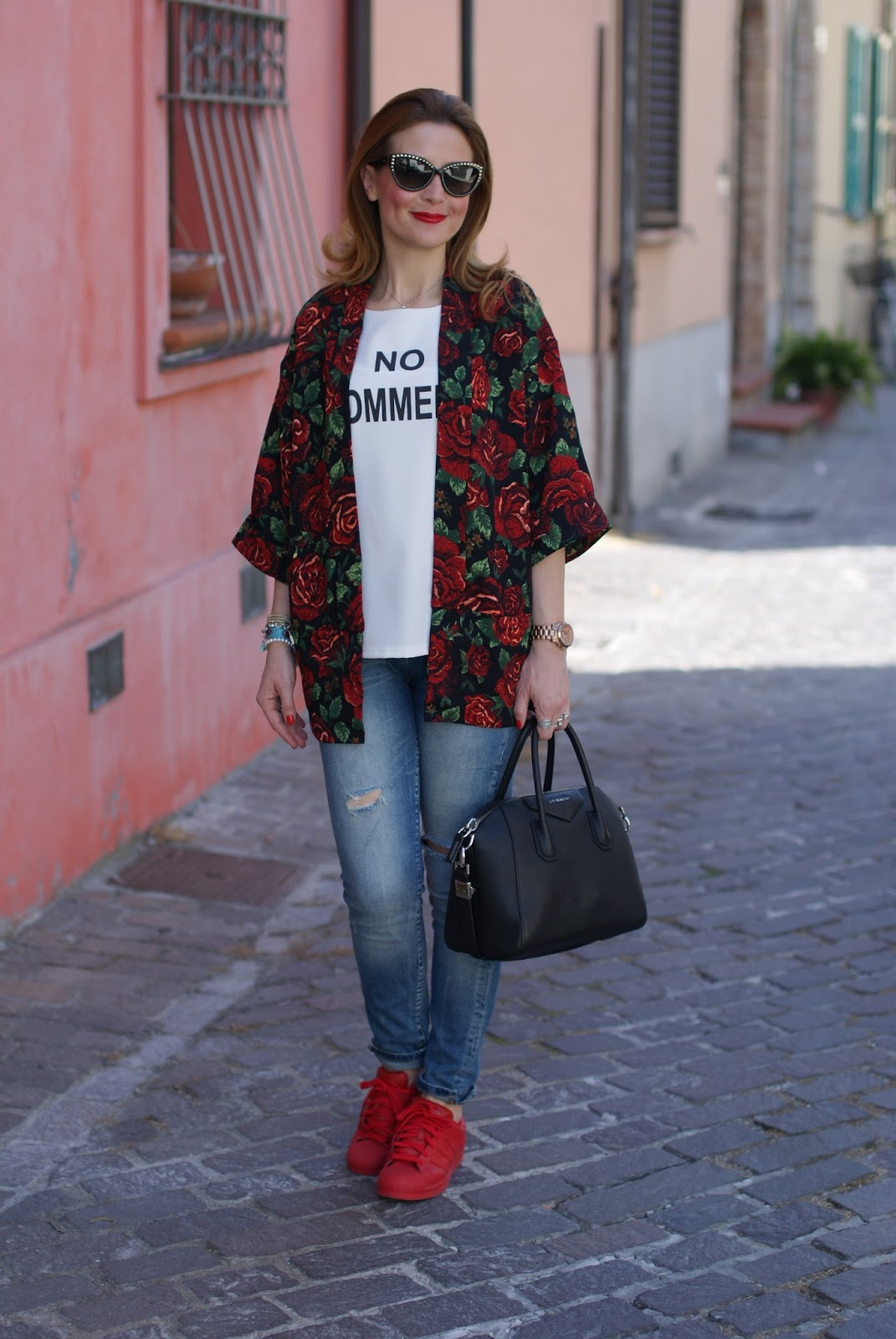 rose print kimono jacket, Givenchy Antigona bag and adidas supercolor red on Fashion and Cookies fashion blog, fashion blogger style