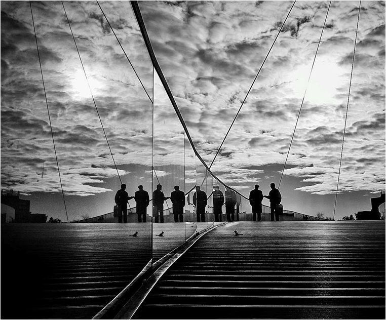 Emerging Photographers, Best Photo of the Day in Emphoka by Mirela Momanu