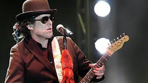 El cantante Andrés Calamaro cumple hoy 50 años