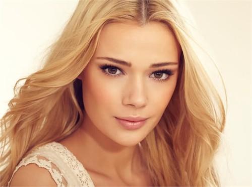 Sweden Model Sara Von Schrenk