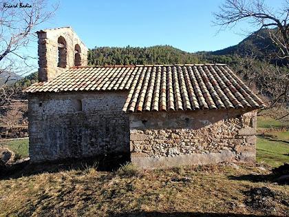 La façana meridional de l'església de Sant Lleí de Casabella. Autor: Ricard Badia