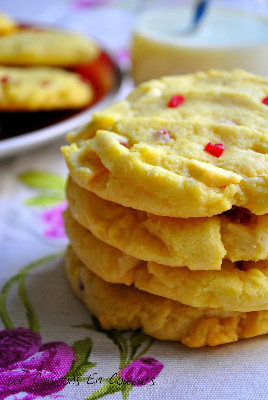 Cookies aux clats de framboises et chocolat blanc recette de laura todd cuisinons en couleurs - Recette cookies laura todd ...