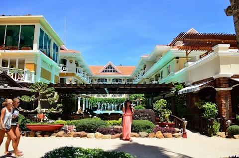 Hotel Accommodation: Boracay Mandarin Hotel