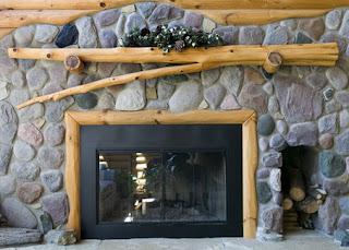 decoração rústica lareira