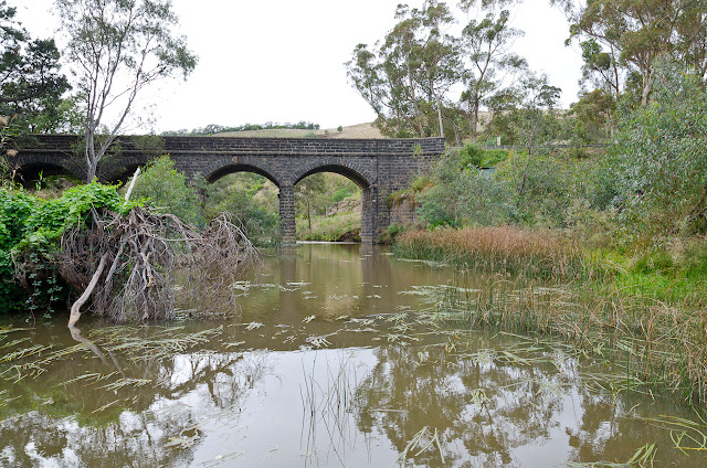 bulla bridge over deep creek