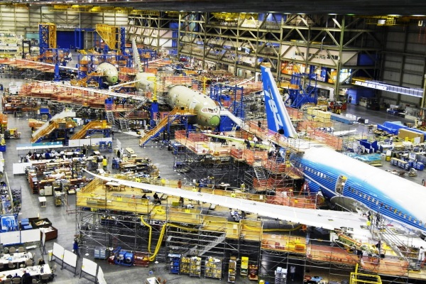 Pabrik pesawat terbang Boeing. ZonaAero