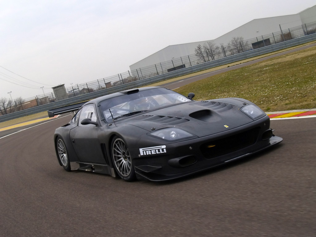 http://1.bp.blogspot.com/-v1f_4Iu1LfI/TgP1psCFp-I/AAAAAAAACbU/z9q0nv4_rv8/s1600/Ferrari-575-GTC-Evoluzione-2005-Front-Angle-Pictures.jpg