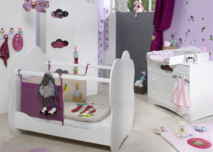 Habitaciones de beb en color morado dormitorios con estilo for Tablero del deco del sitio del bebe