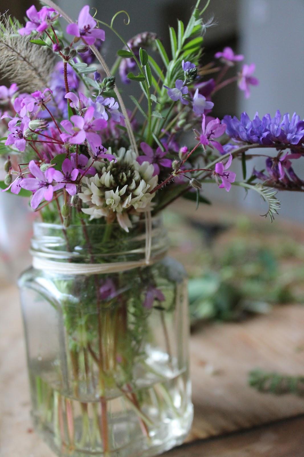 Wildflower bouquets kristen roberts photography izmirmasajfo