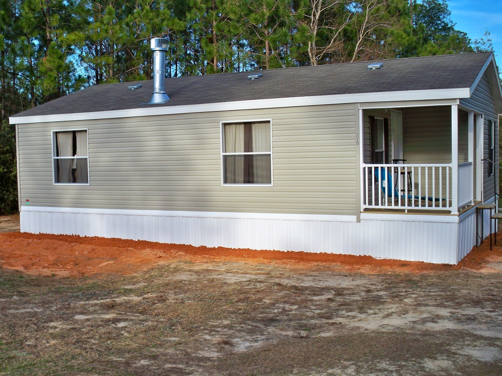 Sunflower 2 Br 2ba With Covered Porch 954 Square Feet