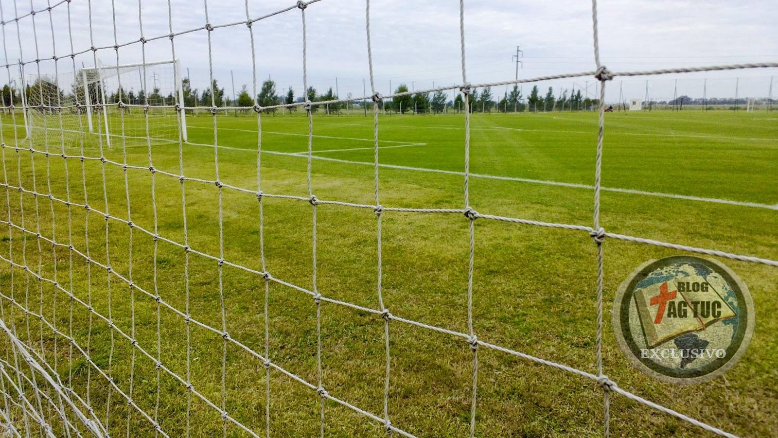 Imagenes De Canchas De Futbol 11 - Cancha de fútbol Medidas y dimensiones oficiales de la FIFA