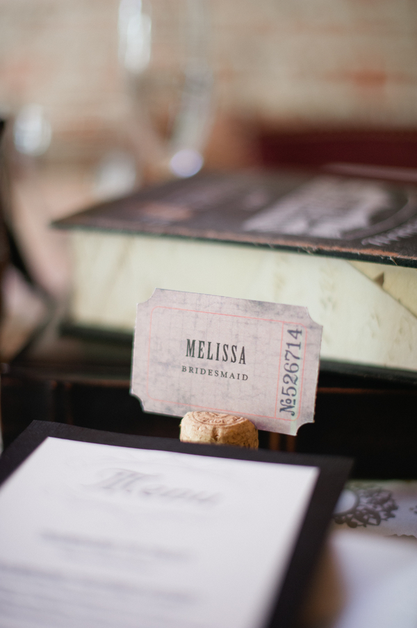 champagne cork placecard holder