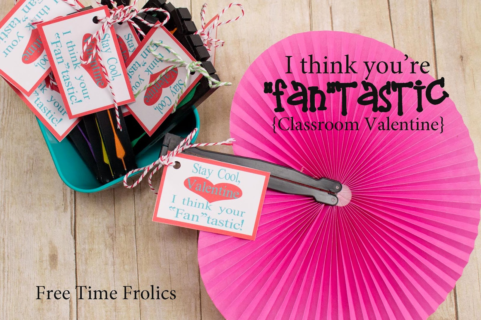 Fan Valentine via www.freetimefrolics.com #valentine #fan #printable