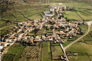 Imatge aèria de Santa Marta de Magasca, poble d'origen de la  família Casero.