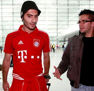 Hamit Altintop at the Airport