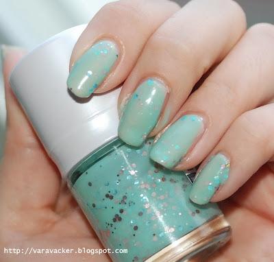 naglar, nails, nagellack, nail polish, grönt, green, tony moly