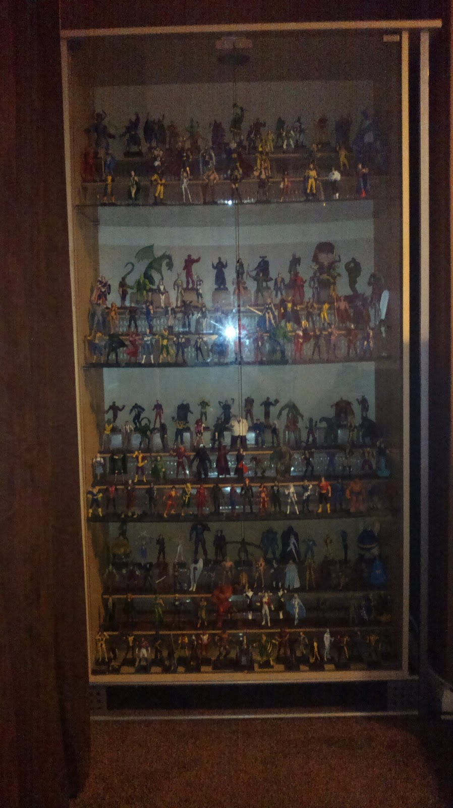 dave's blog: THE CLASSIC MARVEL FIGURINE COLLECTION - MY DISPLAY ...