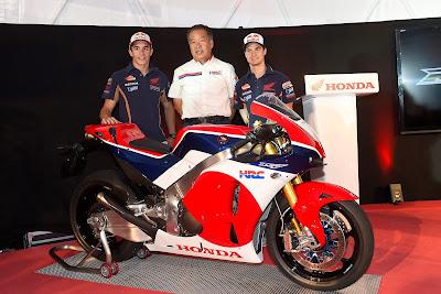Η Honda παρουσιάζει το RC213V-S μετατρέποντας το RC213V που συμμετέχει στο Παγκόσμιο Πρωτάθλημα MotoGP σε μοντέλο καθημερινής χρήσης