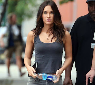 Megan+Fox+%E2%80%93+Teenage+Mutant+Ninja+Turtles+2+Set+in+NYC+1.jpg