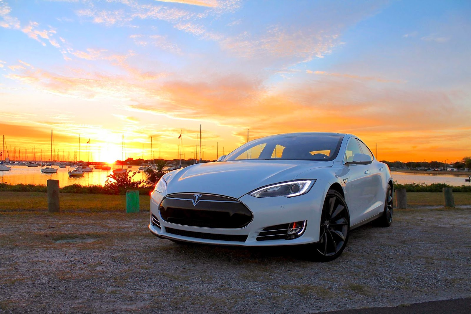 autos am ricaines blog tesla model s une nouvelle protection pour la batterie. Black Bedroom Furniture Sets. Home Design Ideas