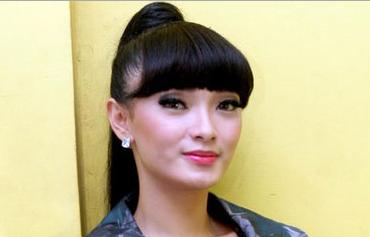 Biografi Zaskia Gotik Hina Lambang Negara Garuda Pancasila