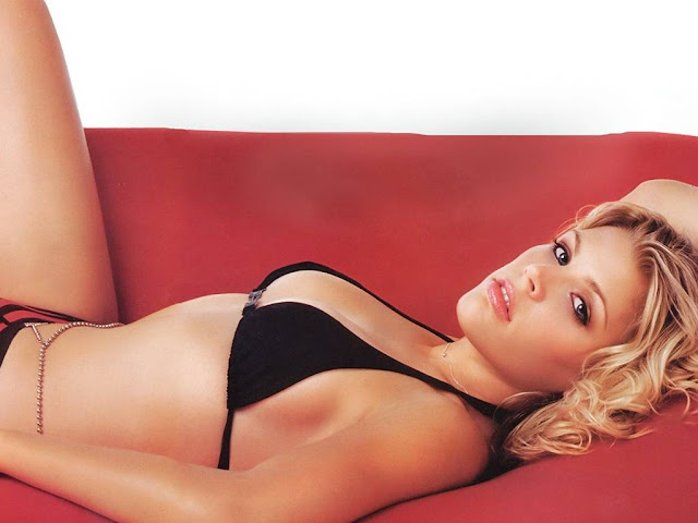 Hot Pictures of Busy Philipps