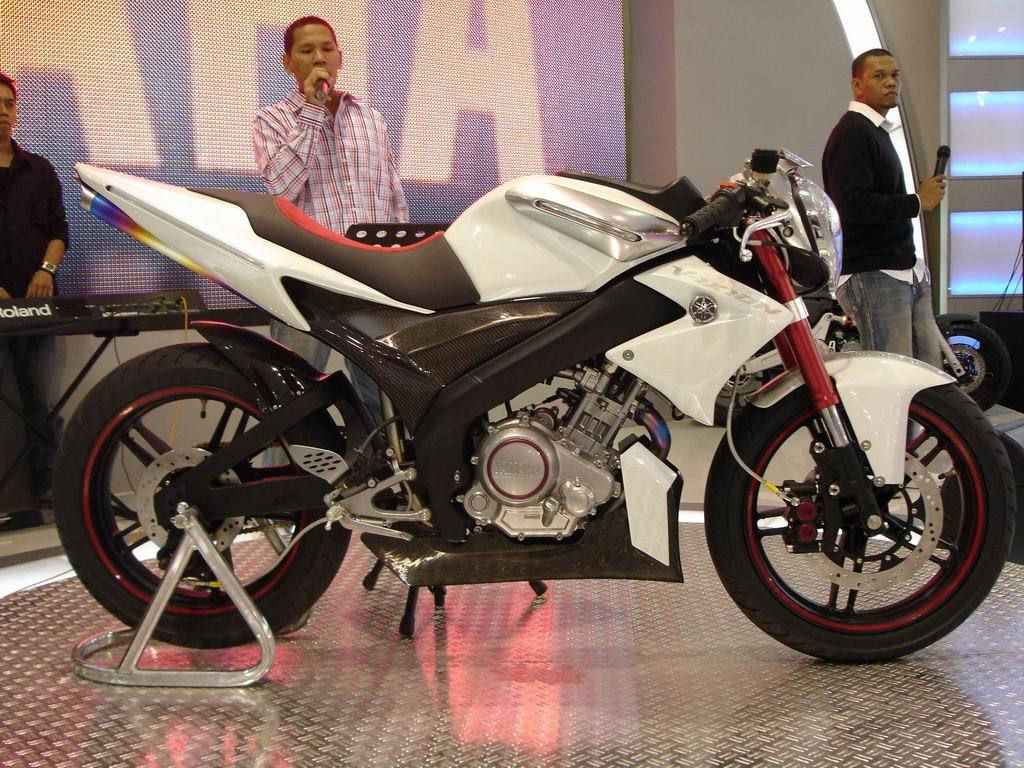 Modif Yamaha Vixion Putih 2012