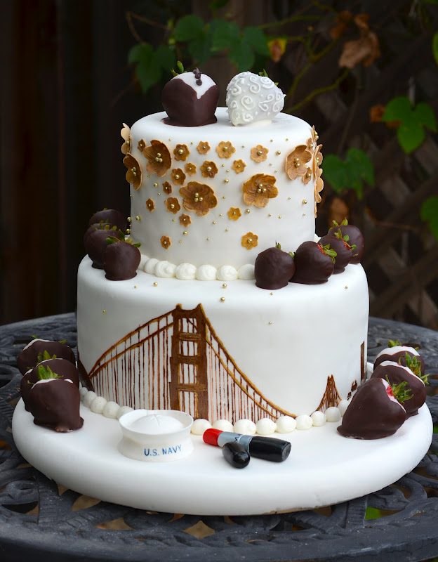 Traylor Made Treats San Francisco Skyline Wedding Cake