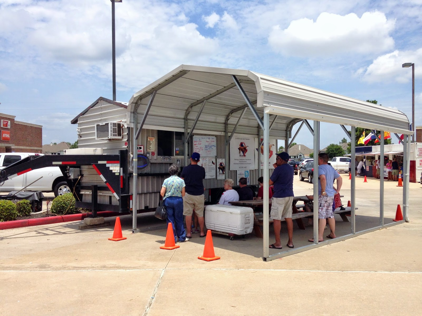 Brooks' Place BBQ sits in the Ace Hardware parking lot