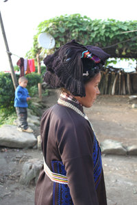 Traditional dress of a Hà Nhì woman in Đào San