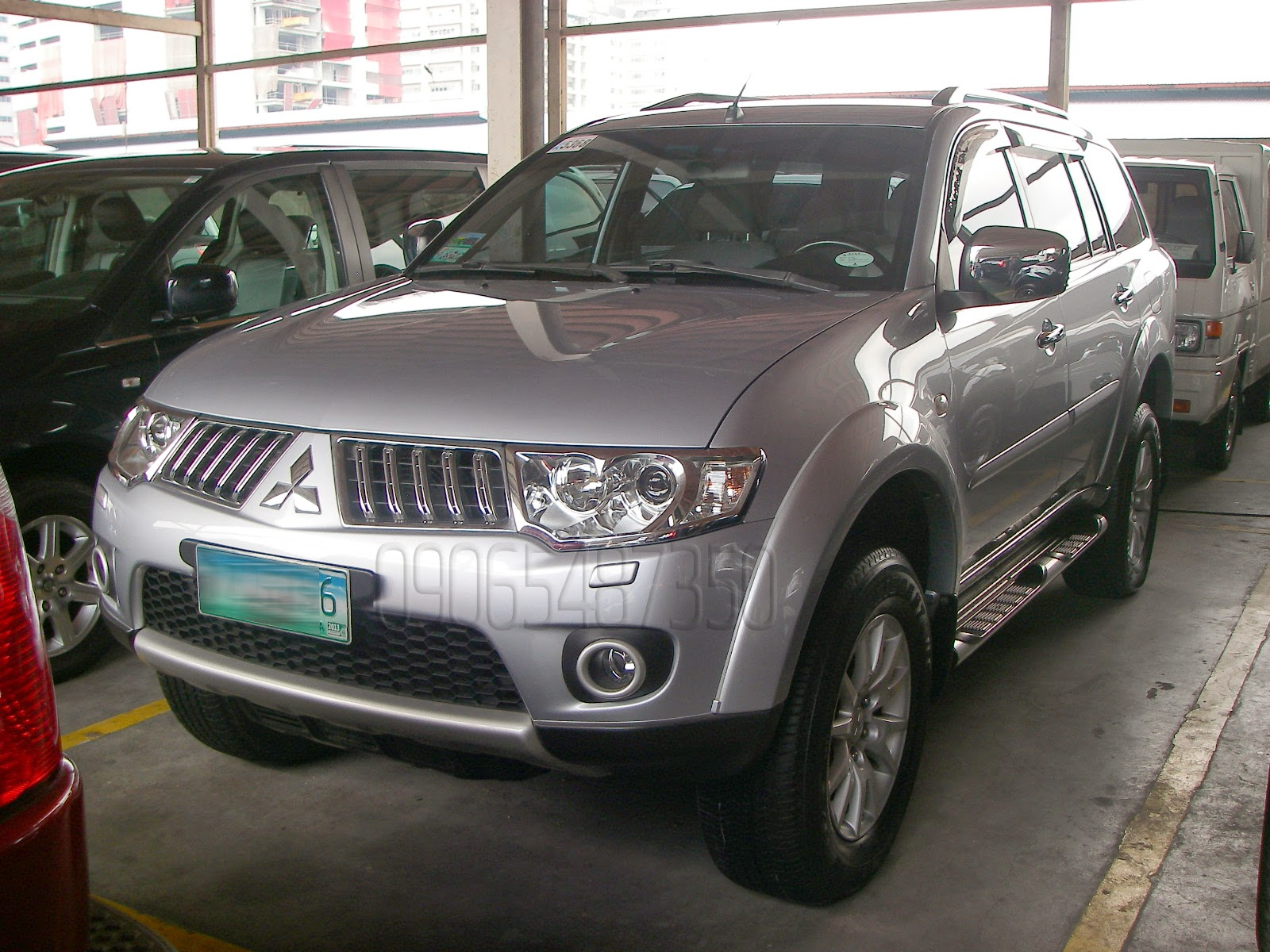 cars for sale in the philippines 2010 mitsubishi montero 4x4 manual diesel. Black Bedroom Furniture Sets. Home Design Ideas