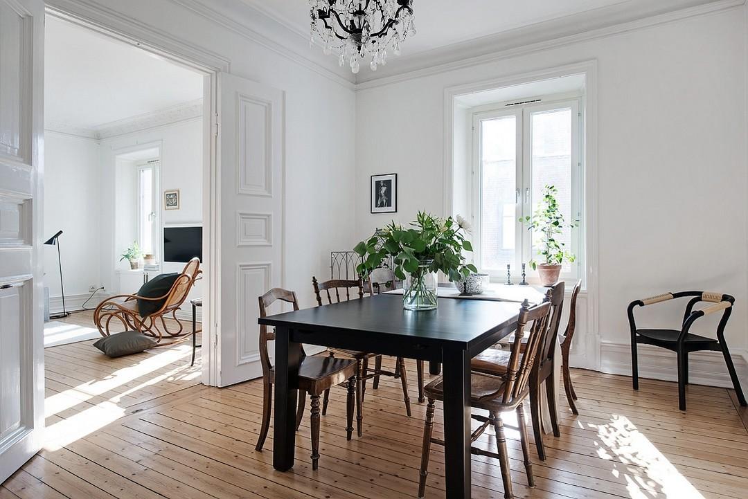 D couvrir l 39 endroit du d cor chaises anciennes - Pisos decorados con encanto ...