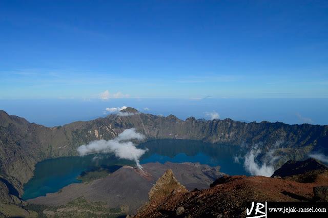 """""""Mt.Baru Jari & Segara Anak Lake"""""""