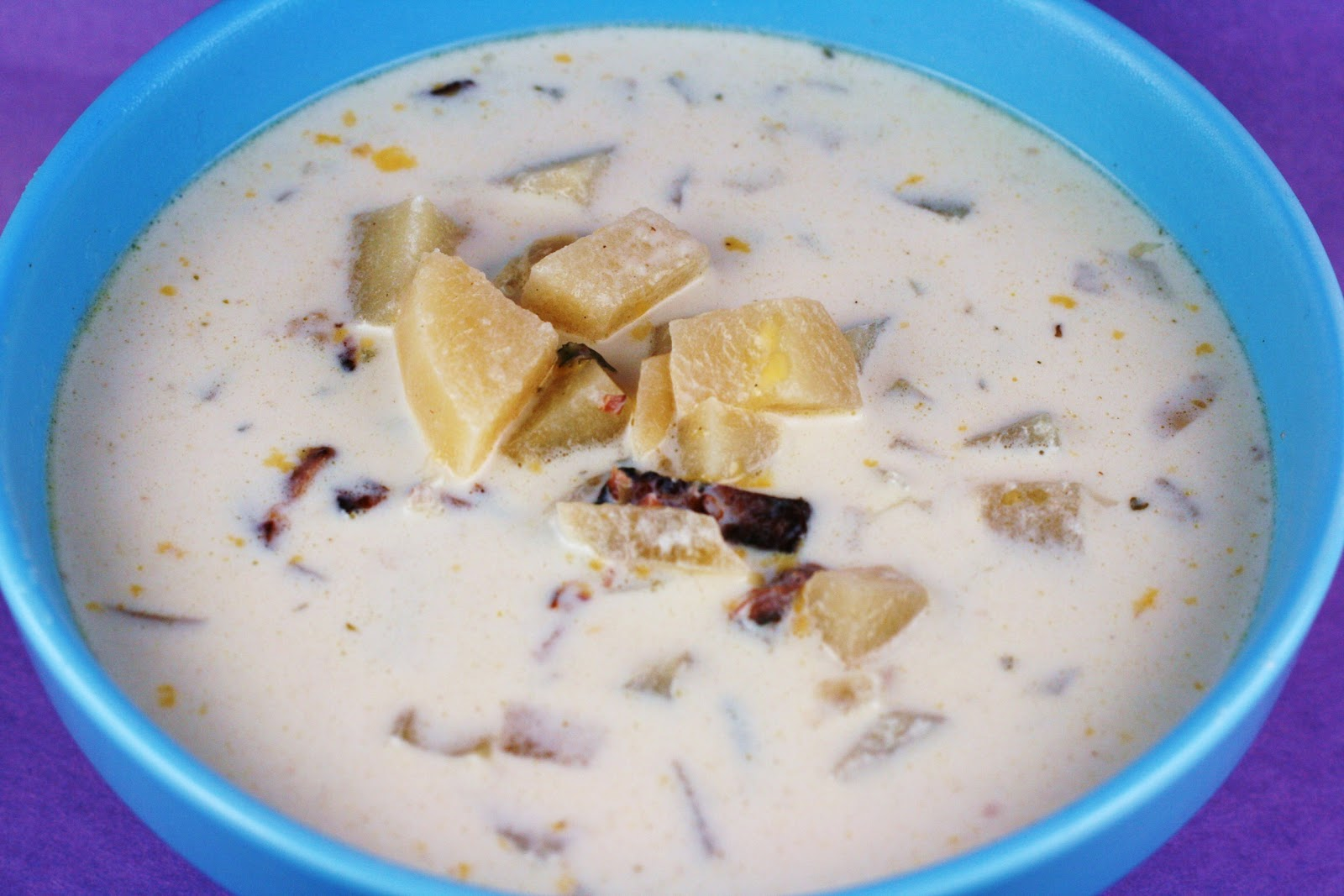 New England Clam Chowder in the Slow Cooker - A Year of ...