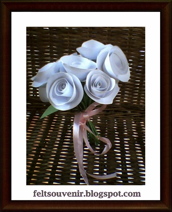 ... kerajinan tangan dari koran bekas cara membuat bunga mawar dari kertas