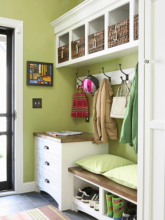 Foyer Mudroom House : Make the most of your mudroom and entryway home appliance