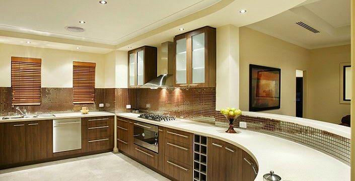 افكار لـ ديكورات بسيطة لتكبير مساحة المطبخ