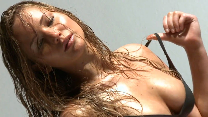 Jennifer Lawrence hot stripping wallpaper 2012