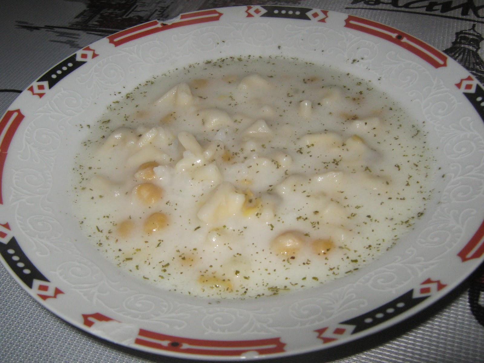 mantı çorbası,yoğurt çorbası,tuzlu yoğurtlu çorba,çorba