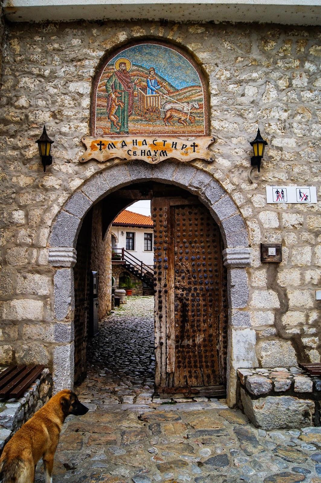 entrada a Sveti Naum