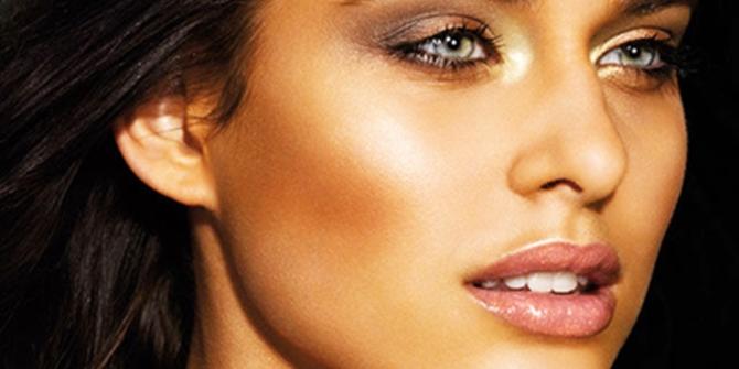 Σε μια χώρα που είναι ηλιόλουστη το μεγαλύτερο διάστημα του έτους, το ιδανικό μακιγιάζ κυρίως για τις μελαχρινές είναι με  terracotta...