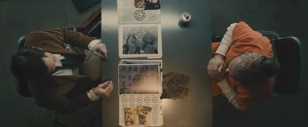 """Trevor Slattery descubre la verdad de """"Los 10 anillos"""" en el corto """"All Hail the King"""""""