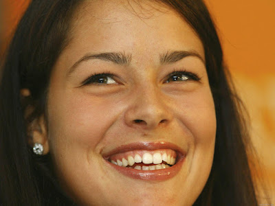 Ana Ivanovic Smilling Photos