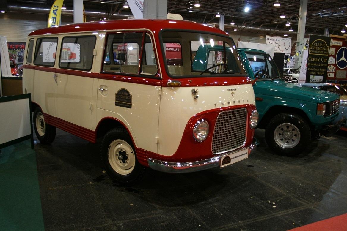 New Smyrna, Florida - Antique Vehicle Display
