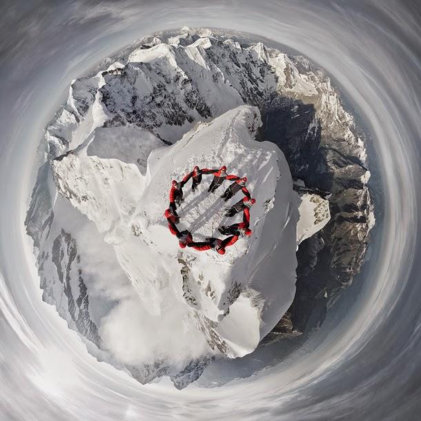 متسلقو الجبال يجتمعون معا ليشكلو صوراً مذهلة