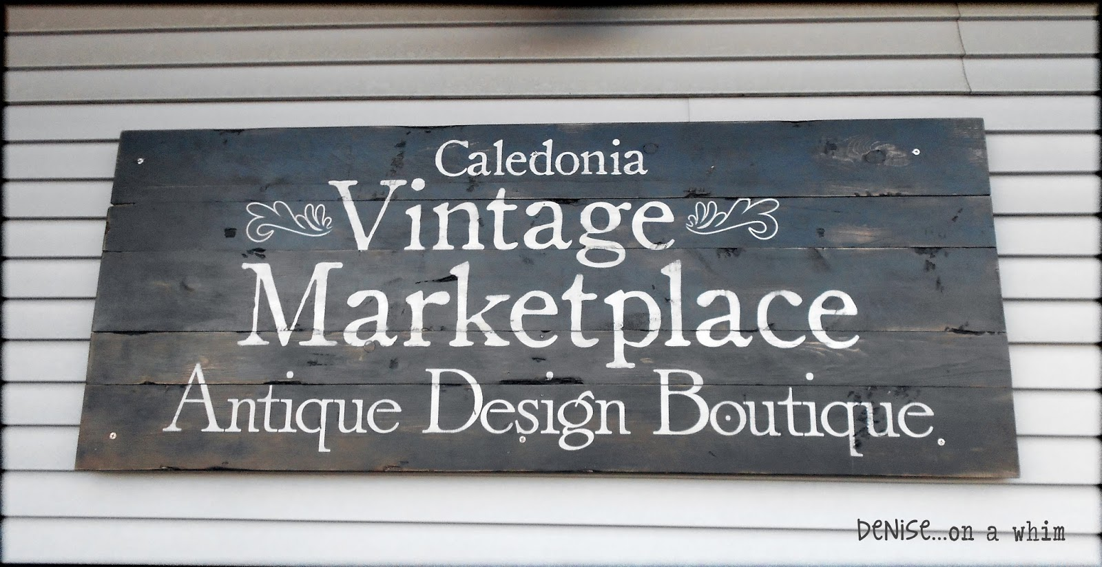 Painted Sign for Caledonia Vintage Marketplace via http://deniseonawhim.blogspot.com