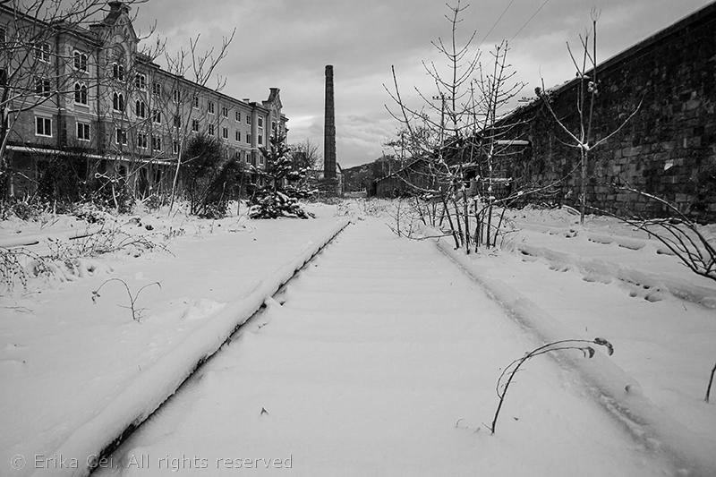 Trieste Porto Vecchio neve camino binari