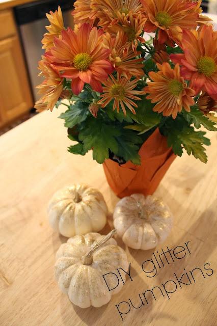 glitter pumpkins, glitter pumpkins diy