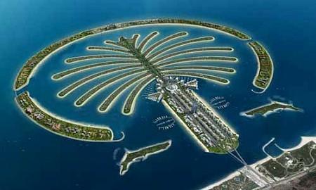 ドバイの人工島 「パームアイランド」(大型コンテナ船や石油タンカーの船着場)