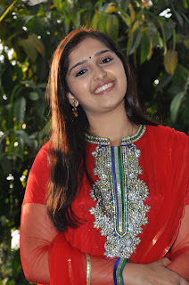 Sanusha Tamil Beauty in Red Saree